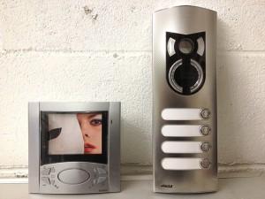 Urmet-Videocitofono-da-mod-marignoni-impianti-elettricista-sicurezza-allarme-antincendio-bolzano-trentino-alto-adige